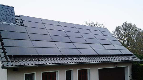 Einfamilienhaus Photovoltaik 2 Dachbau Bolze GmbH
