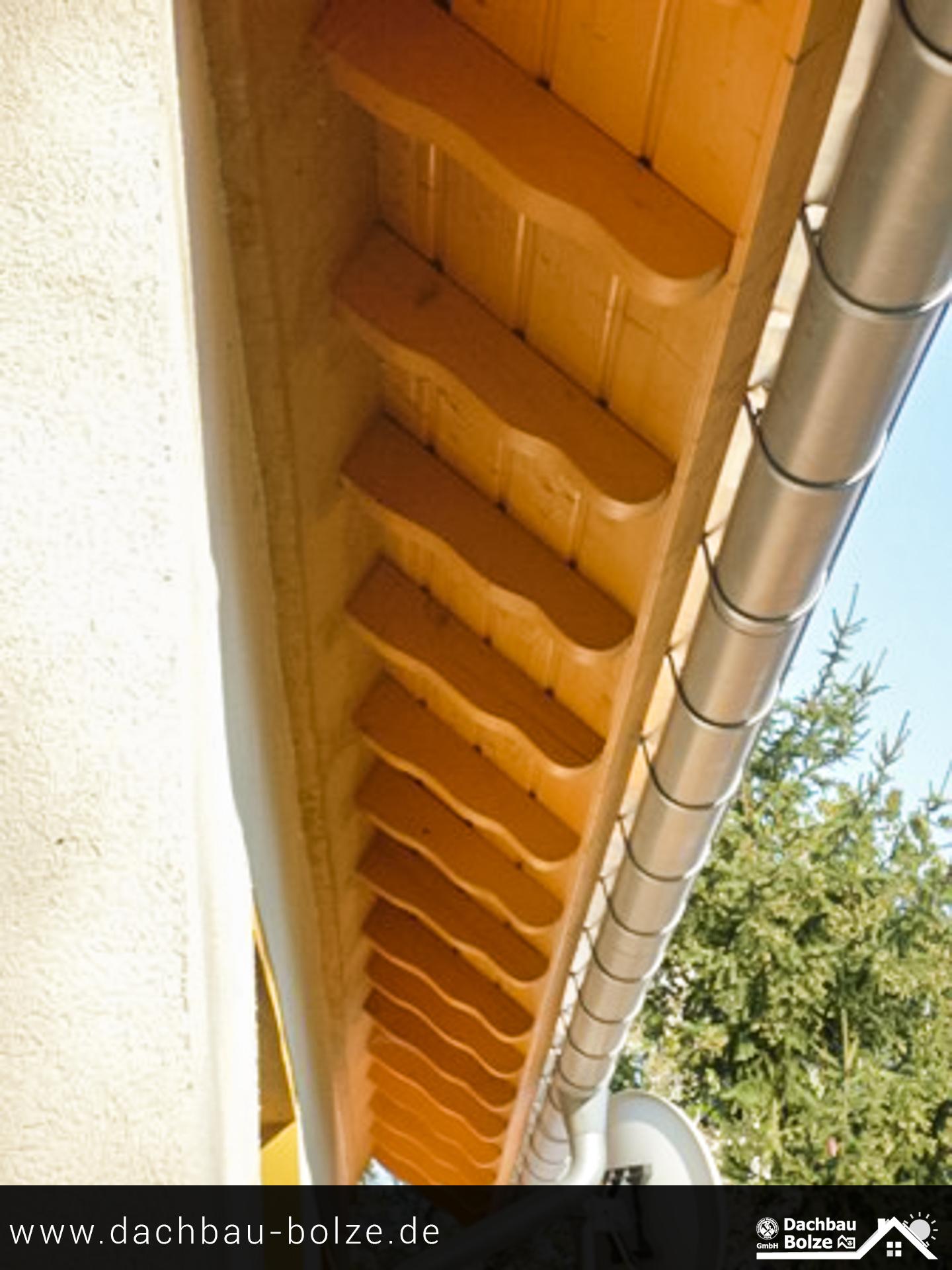 Dachüberstand mit Aufschieblinge Dachbau-Bolze