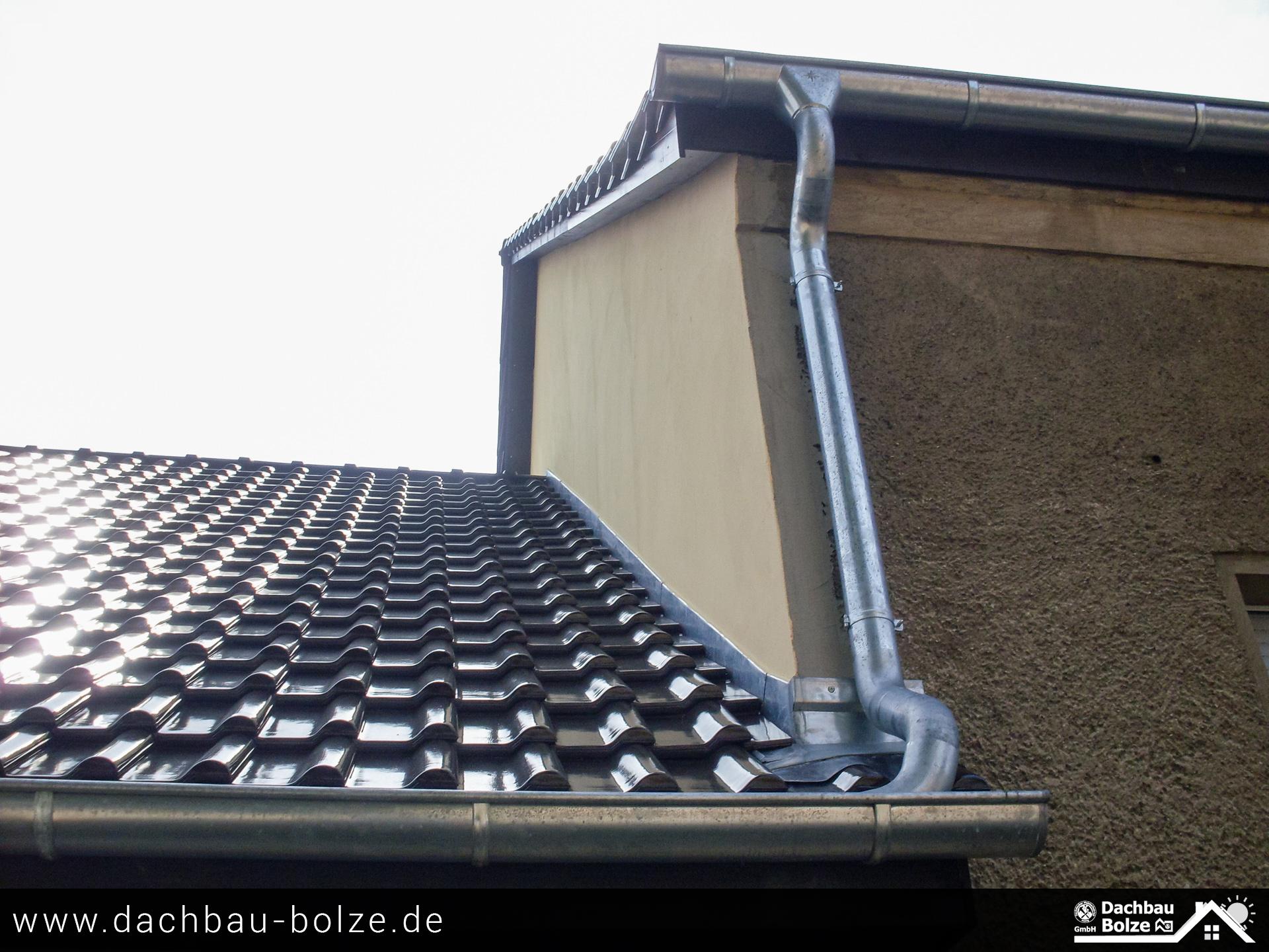 Dacheindeckung und Dachrinnen Dachbau-Bolze