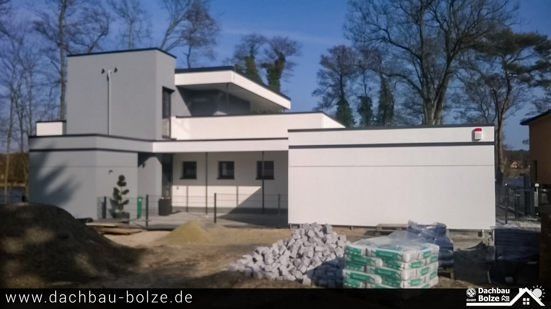 Flachdach mit Bitumenbahnen Dachbau-Bolze
